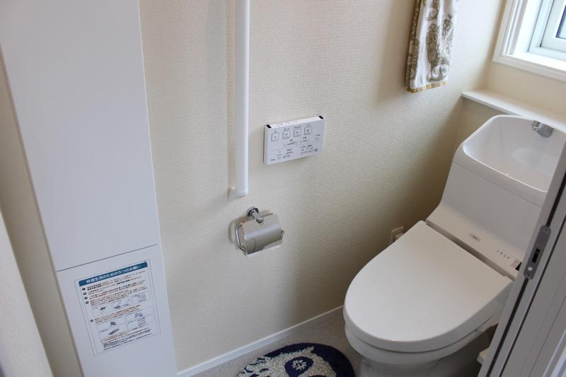 2階トイレ_収納