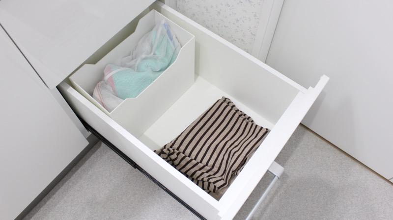 洗面台収納_右側_一番下