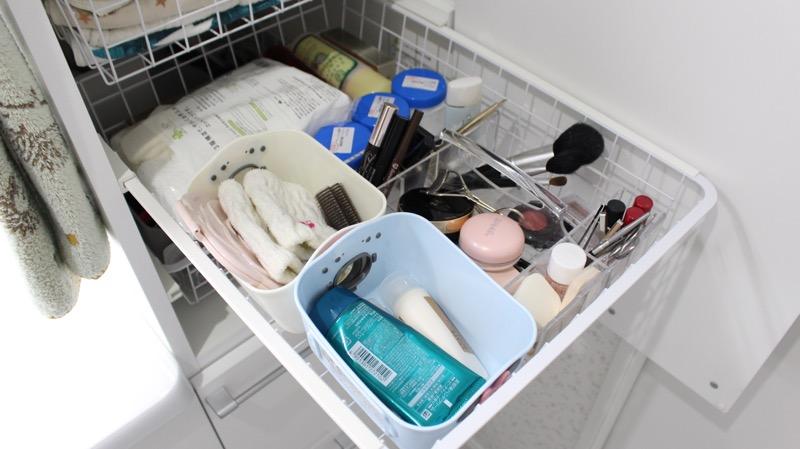 洗面台収納_右側_真ん中_上から4段目