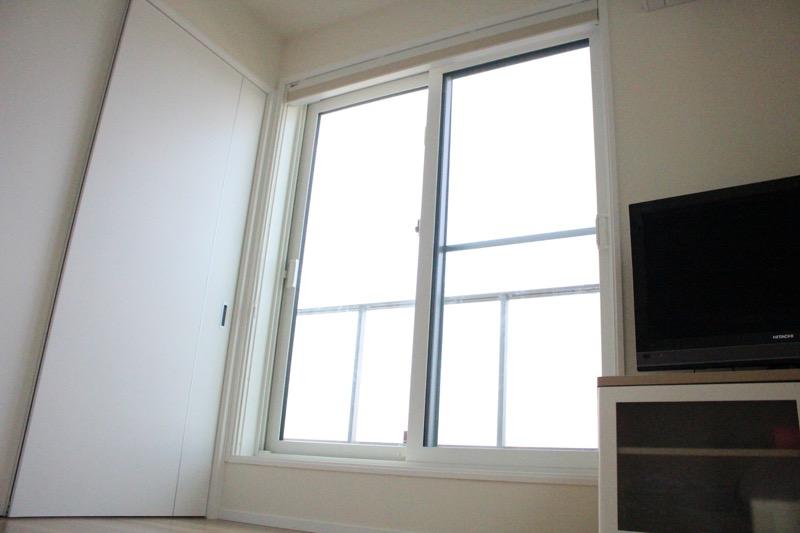 子ども部屋_窓