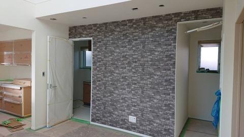 リビング_テレビ側の壁
