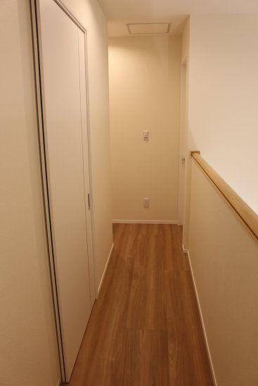 2階廊下_子ども部屋側から